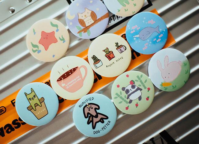 custom_buttons